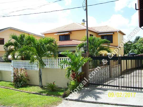 Caribbean homes south deep south and east trinidad for Trini homes